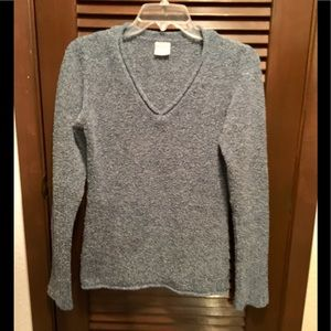Columbia Pullover Sweater V Neck Light Blue.